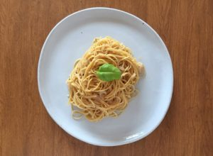 Pasta with Garlic and Oil Top