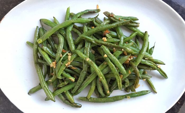 Simple Garlic Green Beans